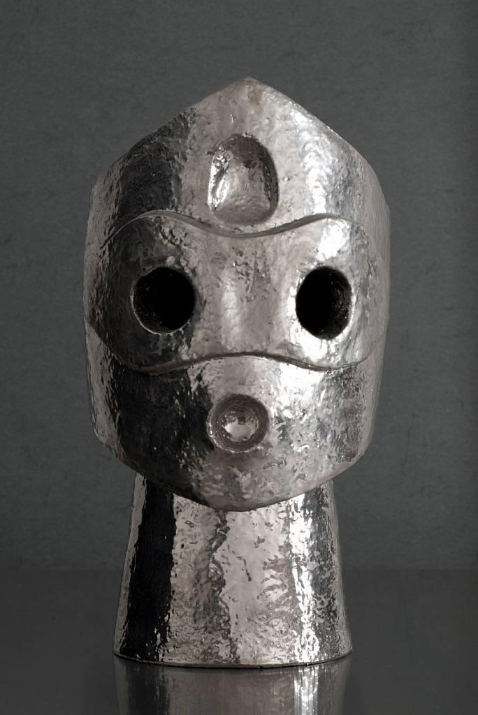 Hlava s maskou