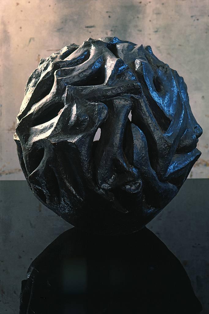Váza - z kostí